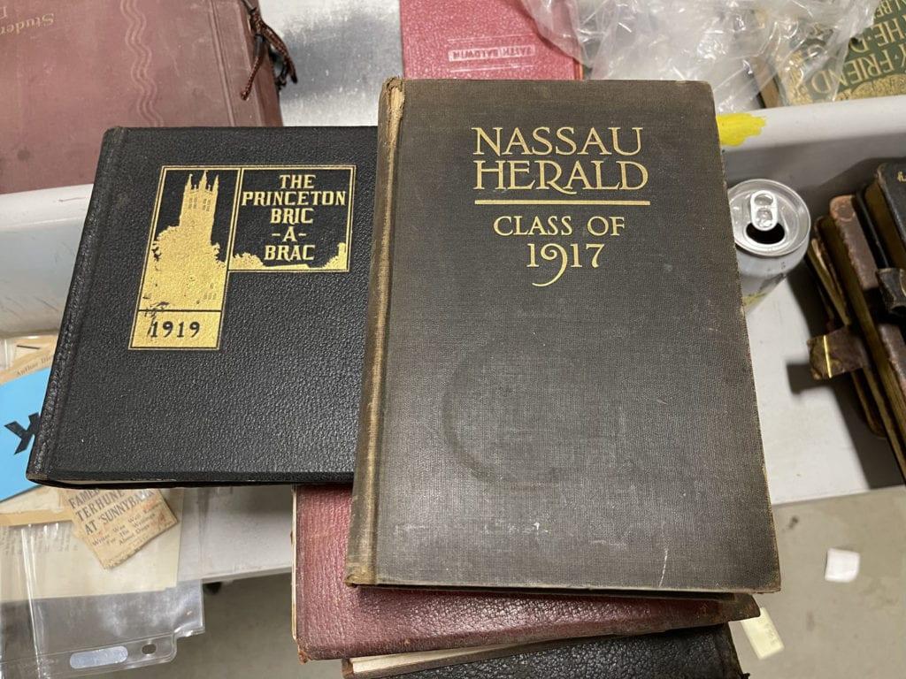 Nassau Herald